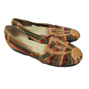 Vintage softspots woven leather sandals loafers